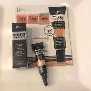 IT Bye Bye Under Eye Concealer - Medium Natural